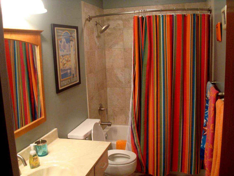 Вы не поверите, как поменяется ваша занавеска в ванной если постирать ее с обычной солью!