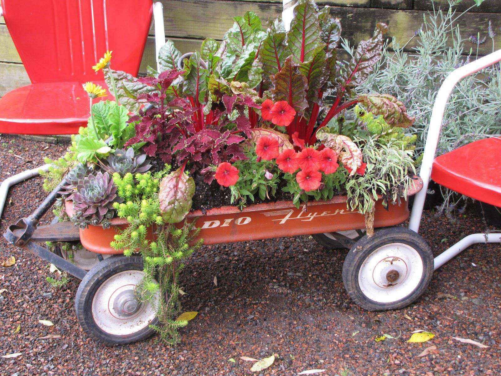 image13-8   Как сделать уютный сад в ограниченном пространстве и при ограниченном бюджете