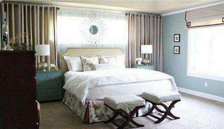 Раздвижная занавески у кровати