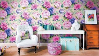paper-wall-320x180