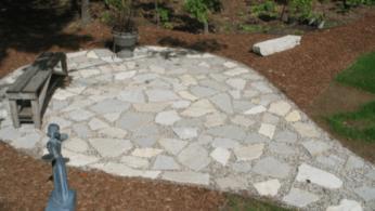 Как сделать мозаичный пол во дворе из натурального камня 1 | Дока-Мастер