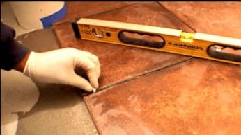 Как уложить плитку на пол 3 | Дока-Мастер