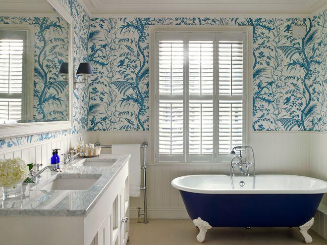 ванная с цветным орнаментом