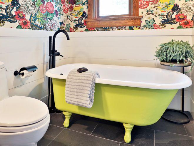 ванна свежего зеленого цвета