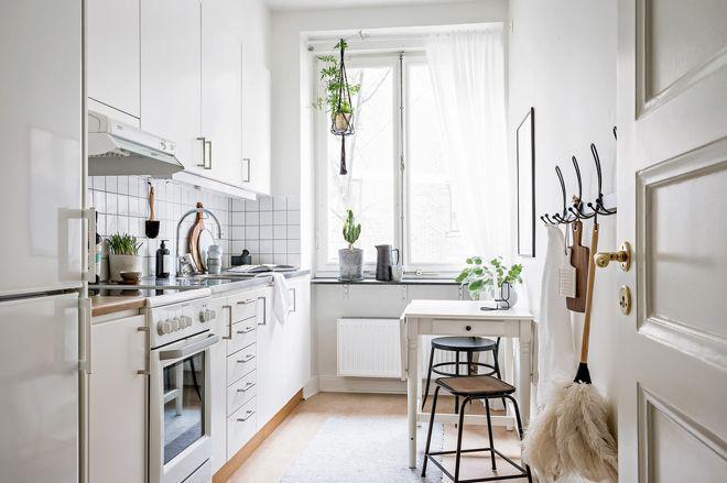 9 способов вписать стол в маленькую кухню