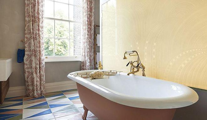 классический, но современный дизайн ванны