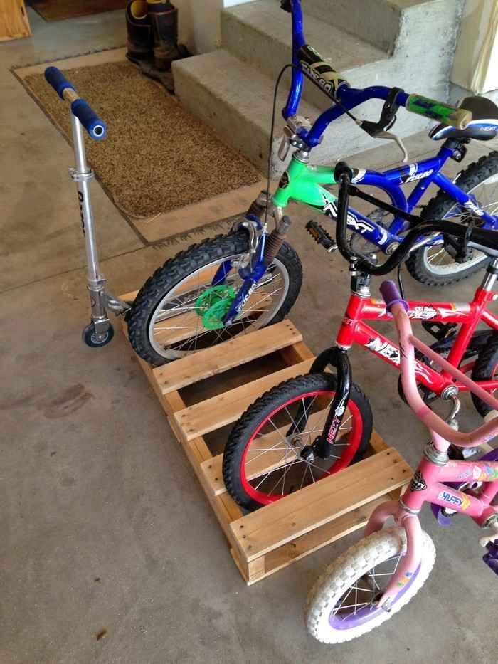 Как сделать стойку для велосипедов из поддонов 4 | Дока-Мастер