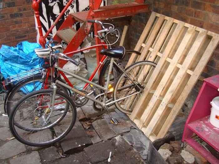 Как сделать стойку для велосипедов из поддонов 8 | Дока-Мастер