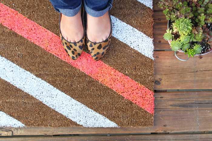 Необычные идеи ковриков перед дверью 9 | Дока-Мастер