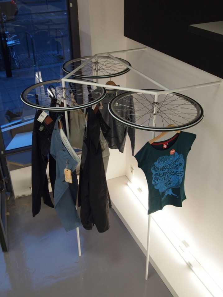 Интересные идеи домашнего декора из старого велосипедного колеса 10 | Дока-Мастер