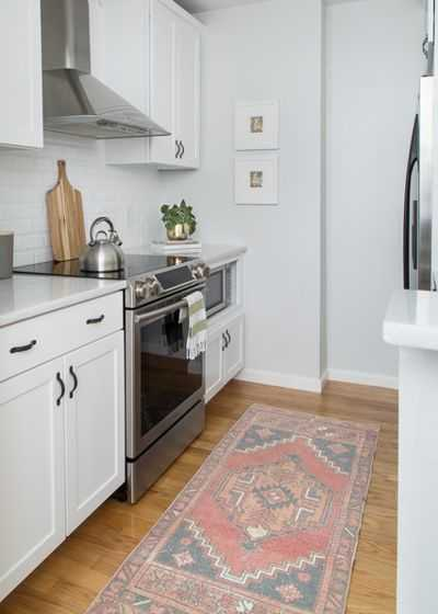 9 примеров узких кухонь 9   Дока-Мастер