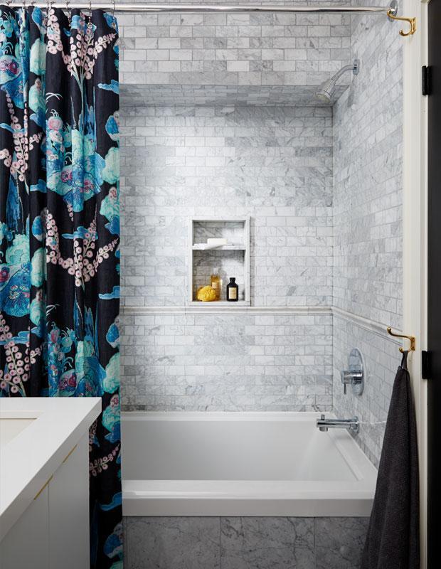 Бюджетный дизайнерский трюк который преобразит вашу ванную 01