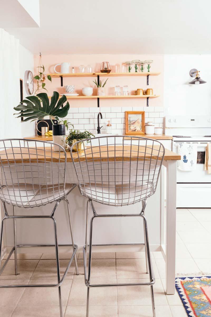 Стираем серые будни: персиковая кухня - 11