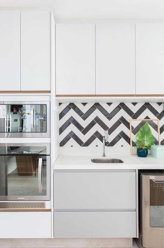 image17-1 | Почему для маленьких кухонь лучше использовать кухни на заказ