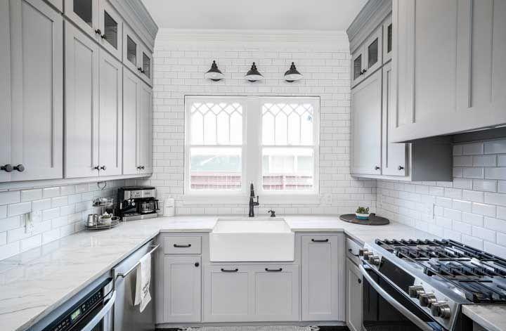 image29 | Почему для маленьких кухонь лучше использовать кухни на заказ
