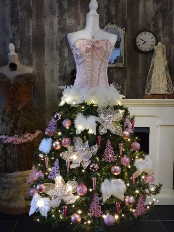 image7-17   Ёлка-платье — стильно и необычно!
