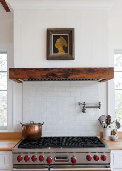 Необычные идеи кухонной вытяжки