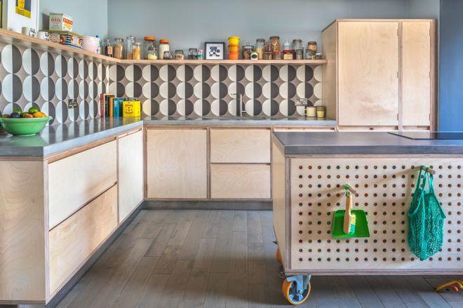 Смелые кухонные фартуки 11   Дока-Мастер