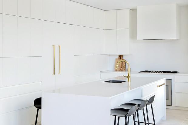 Ничего лишнего: кухня в стиле минимализм 01