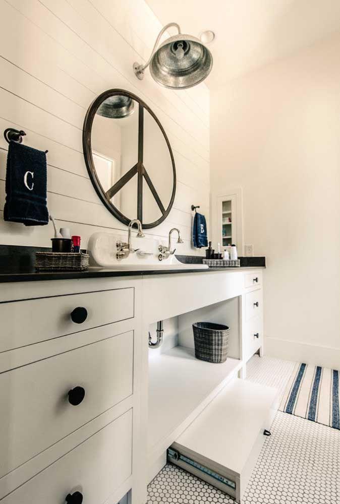 Круглое зеркало в интерьере, как использовать в декоре 12