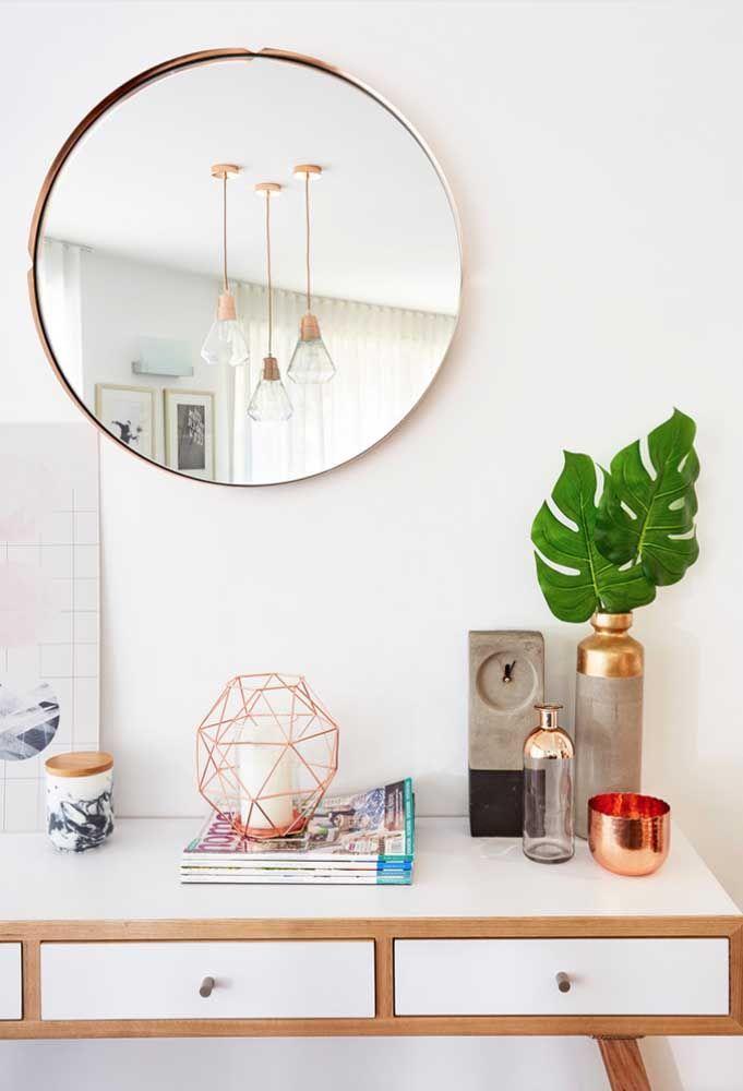 Круглое зеркало в интерьере, как использовать в декоре 13