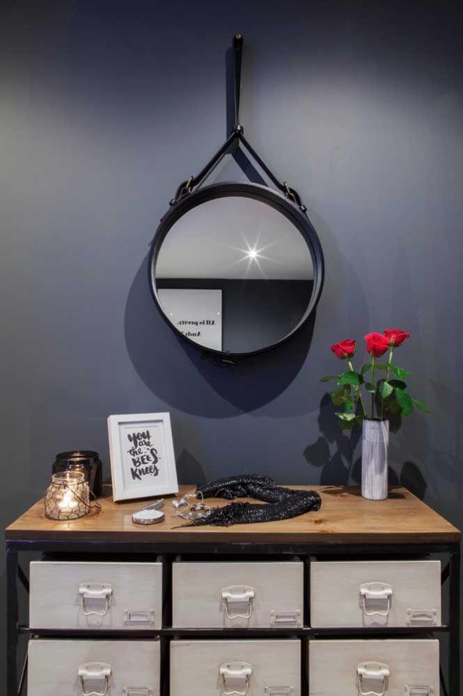 Круглое зеркало в интерьере, как использовать в декоре 14