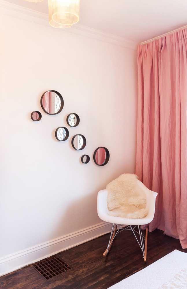 Круглое зеркало в интерьере, как использовать в декоре 17
