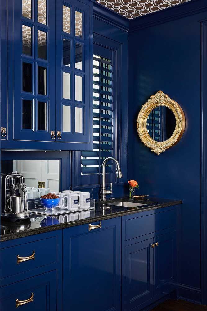 Круглое зеркало в интерьере, как использовать в декоре 25