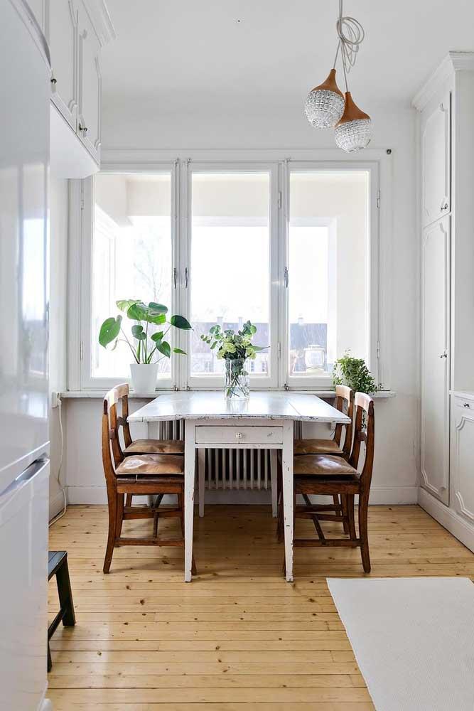 Стол у стены 30 идей для небольшой квартиры 30 | Дока-Мастер