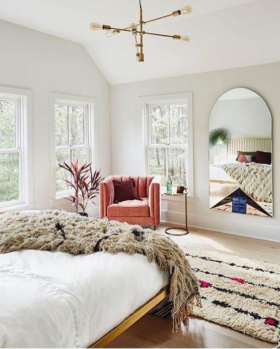 Люстры для спальни: 60 моделей в интерьере 45 | Дока-Мастер