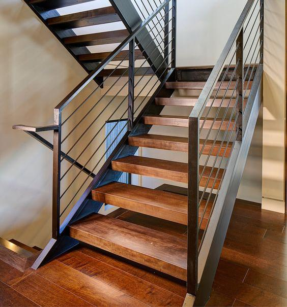 лестниц на металллокаркасе